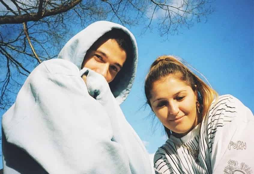 Jeremy Zucker & Chelsea Cutler this is how you fall in love Mp3 Download